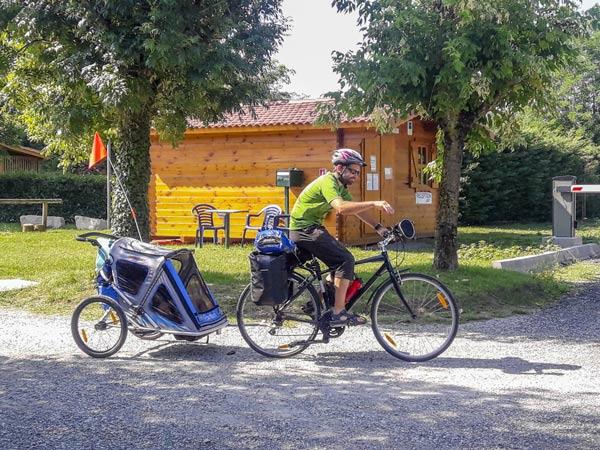 louer mobil home camping isère cremieu